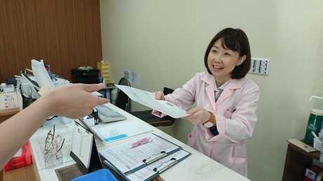 あなたの経験がお客様の笑顔につながる!地域密着型調剤薬局で医療事務のお仕事です。